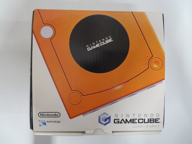 GAMECUBE (オレンジ) DOL-001
