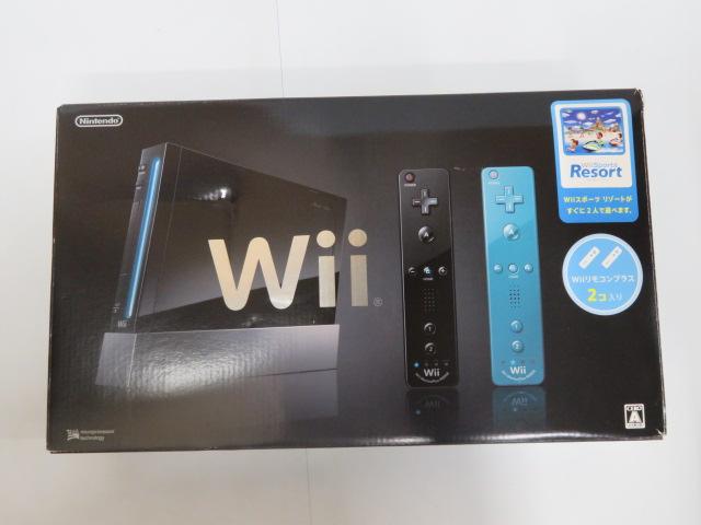 Wii クロ(Wiiリモコンプラス×2+Wii Sports Resort同梱)
